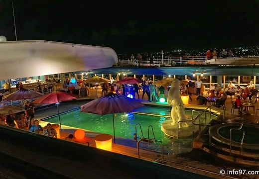 holland-america-croisiere-aruba-night-27