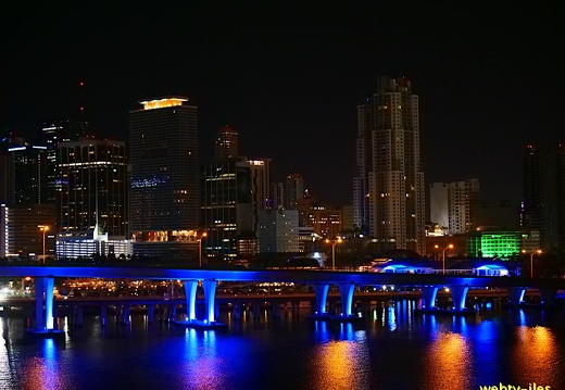 floride-miami-port-night411