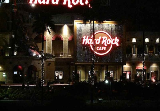 hard-rock-cafe3